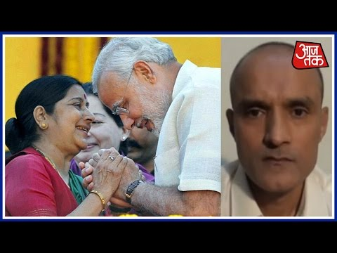 100 Shehar 100 Khabare: PM Modi Thanks Sushma Swaraj After ICJ's Verdict On Kulbhushan Jadhav