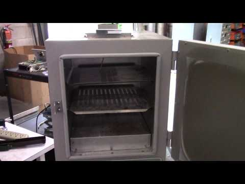 VWR Gravity Convection Oven Model 1310
