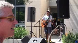 Jason Mraz- 93 Million Miles (Live)
