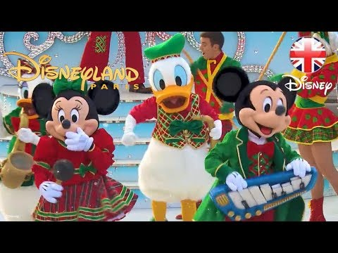 Christmas In Disneyland Paris.Disneyland Paris Christmas At Disneyland Paris 2017 Official Disney Uk