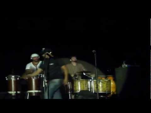 Bye Bye Eva Saulo dando um show na percussão by Viviane Medeiros