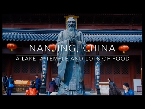 Nanjing, China: A Lake. A Temple and Lots of Food.