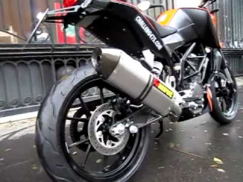 ktm 125 duke akrapovic youtube. Black Bedroom Furniture Sets. Home Design Ideas