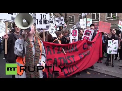 LIVE: University of London students march demanding free education