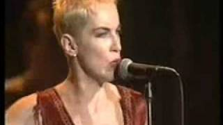 Скачать Eurythmics Love Is A Stranger