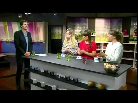 Erato - Call Your Girlfriend on TV !!!