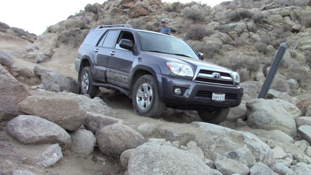 4Runner Trail Premium >> 4th Generation Toyota 4Runner Coming down the Trail - YouTube