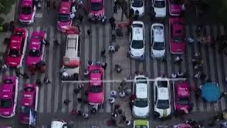 墨西哥城数千出租司机抗议Uber不公平竞争 封锁道路致交通瘫痪