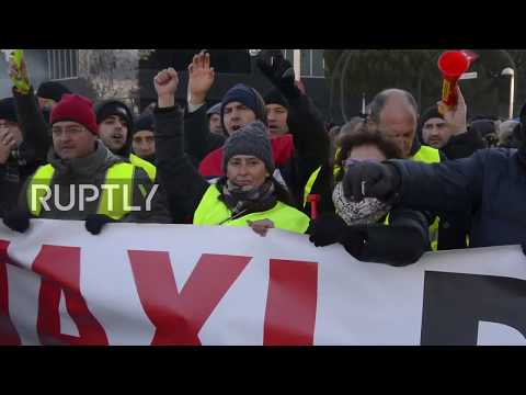 Spain: Clashes erupt in Madrid as taxi strike continues