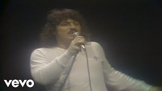 Music video by Toto performing Goodbye Elenore. (C) 1979 Sony Music...