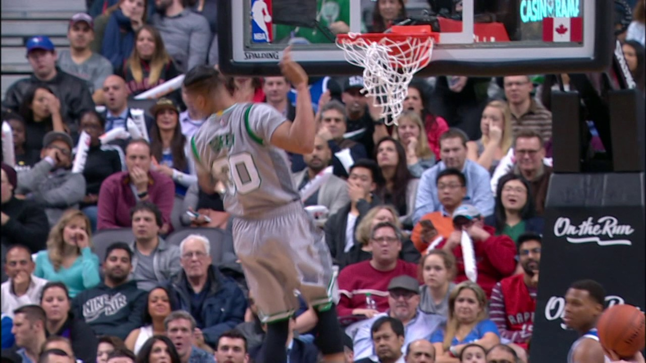 Gerald Green Finishes SICK Alley-Oop! | 01.10.17 - YouTube