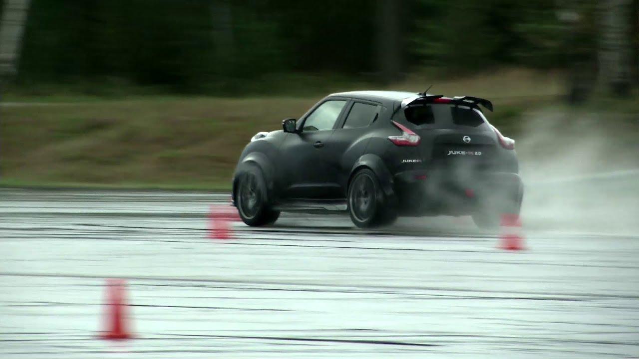 Essai Du Nissan Juke R 2 0 600 Ch Dans Un Juke Youtube
