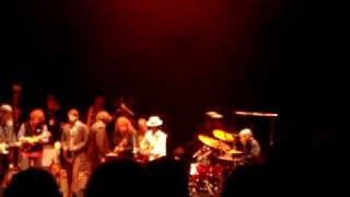 Levon Helm and Friends - The Weight (Live)