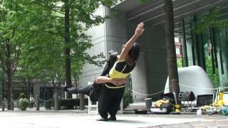 ヘブンアーティストin丸の内 ◆ GちょこMarble アクロ体操