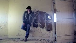 Redzz - Blind ft Matt Fryers (Official Video)