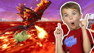 THE FLOOR IS LAVA in FORTNITE BATTLE ROYALE (BLOX4FUN DAD AND SON)