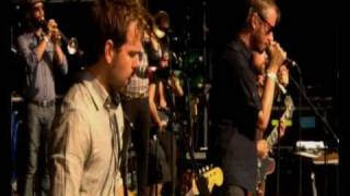 The National perform Anyone's Ghost at Glastonbury 2010