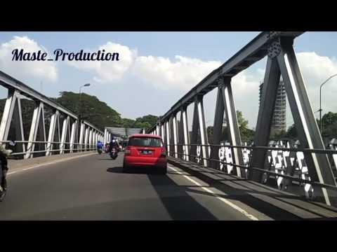 Sensasi Melintas di Jembatan Jurug