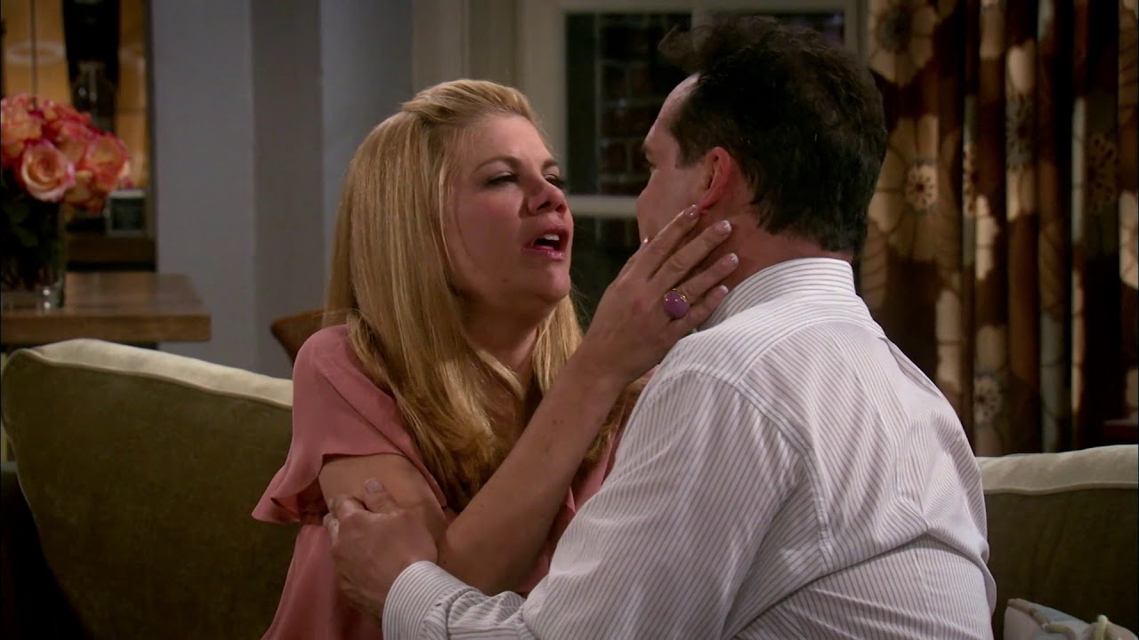 Download How Holly Got Her Groove Back | The Exes S02 E08 | American Sitcom | Hunnyhaha