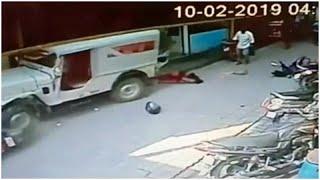 شاهد: أم ورضيعتها تنجوان من موت محقق بعد أن دهستهما سيارة مسرعة…