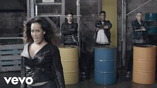 Amel Bent - Regarde-nous (Clip officiel)