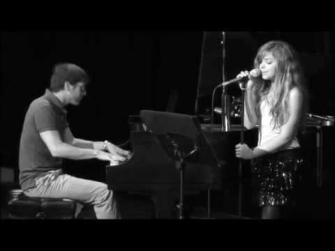 Клип Caroline Costa - Baby (cover)