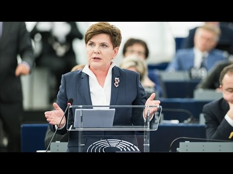Poland under pressure to respect rule of law and press freedom
