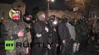 Ukraine: Nationalists surround Rada over Muzychko death