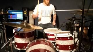 blink 182 greatest hits album in under three and a half minutes( Si Smith drum cover )