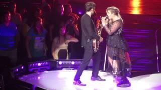 """Kelly Clarkson -- """"Since U Been Gone"""""""
