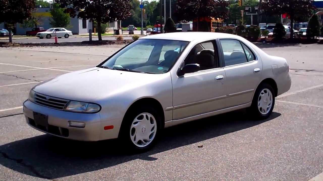 1997 nissan altima gxe sedan 4dr 2 4l 4cyl at 109k youtube 1997 nissan altima gxe sedan 4dr 2 4l
