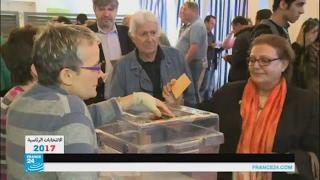فرنسيون مقيمون في تونس يصوتون في الانتخابات الرئاسية