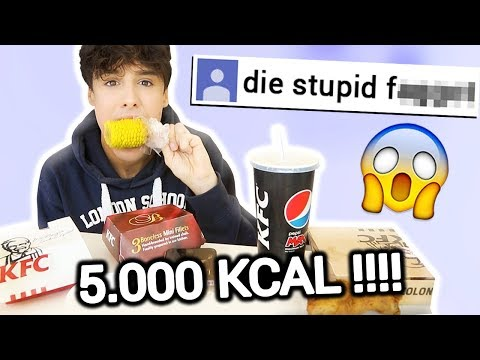 5000 CALORIES KFC & Reading Hate Comments (MUKBANG)