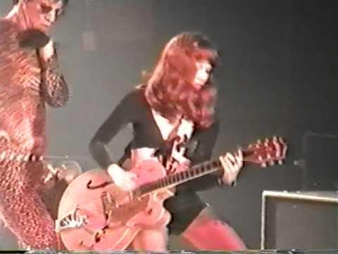 Cramps -  Love Me  (Live 1995)