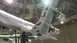 Video Boeing 747-400 1/8 scale model (landing sequence) download MP3, 3GP, MP4, WEBM, AVI, FLV Agustus 2018