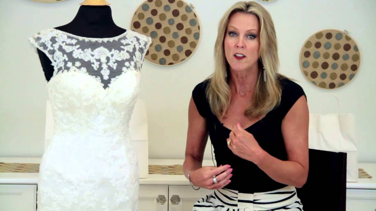 How to Get an Hourglass Figure in a Mermaid Wedding Dress : Wedding ...