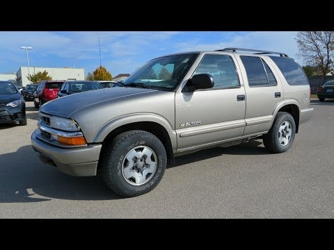 2003 Chevrolet Blazer LS Start up, Walkaround and Vehicle Tour