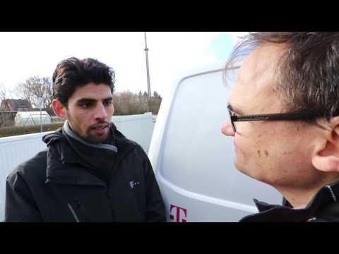 Social Media Post: Flüchtlinge und Telekom: Ein syrischer Azubi berichtet über seine...