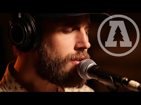Rayland Baxter - Bad Things - Audiotree Live