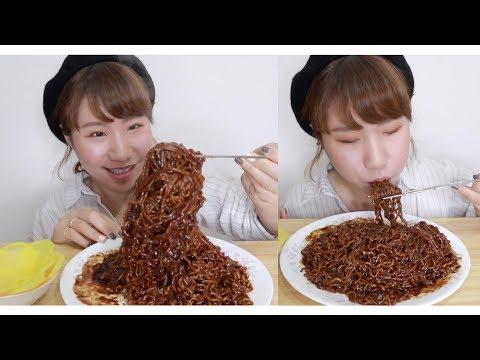 【深夜放毒】吃韓式炸醬麵짜장면v.s醃黃蘿蔔단무지+神秘甜點|Evanna凡娜