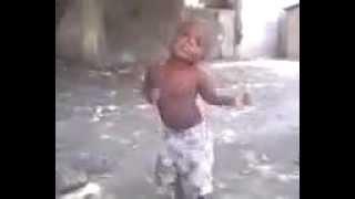 """Funny Kid Dance """"fe wanna mache"""""""
