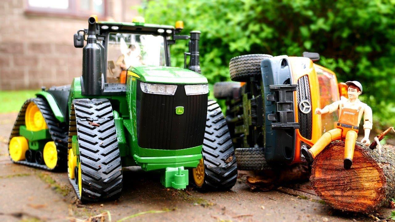 spielzeugvideo f r kinder der traktor und der lastwagen. Black Bedroom Furniture Sets. Home Design Ideas