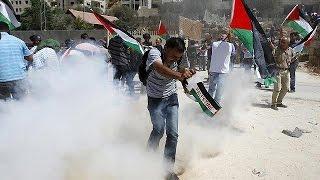 Cisgiordania, nuovi scontri contro il muro di separazione voluto da Israele