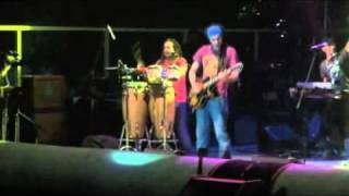 Locomondo-magiko xali live river party nestorio 2011