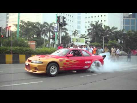 CRD 2011 World Tuning Tour +1000hp India Skyline R33