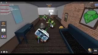 ROBLOX| E p i c chase scene, raw footage.