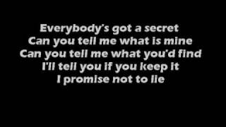 Sum 41 - Reason to Believe (lyric video)