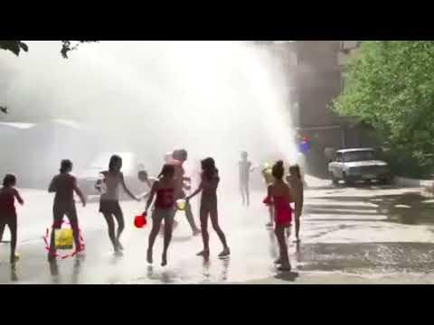 السياحة في ارمينيا تراشق بالمياه في شوارع ارمينيا Youtube