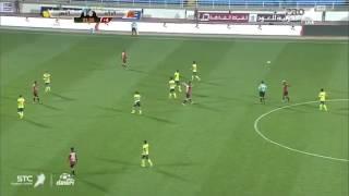بالفيديو.. الجماهير الرياضية تتهكم على حسين عبدالغني بهذه الصورة !