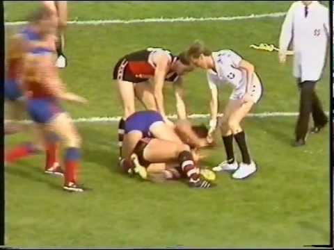 Tony Lockett's first League report, Round 5, 1985, St. Kilda v Fitzroy (Anzac Day)